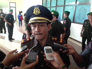 Kajari Penajam, Zulikar Tanjung Diwawancarai Awak Media