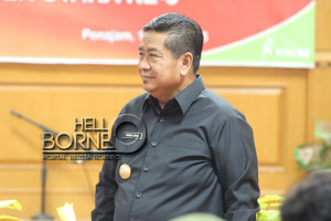 Bupati Penajam Paser Utara, Yusran Aspar (Suherman - Hello Borneo)