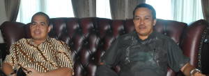 Wakil Ketua Komisi III DPRD Penajam Paser Utara Jon Kenedi bersama Anggota Komisi I DPRD Penajam Paser Utara, Rusbani (Dika - Hello Borneo)--