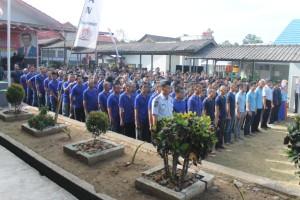 NYOBLOS. Dipastikan sekitar 155 warga binaan Rutan kelas IIB Tana Paser, akan mengikuti Pilkada dalam Rutan dengan TPS Khusus. (MR Saputra - Hello Borneo)
