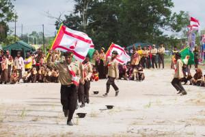 Salah satu kegiatan pada Perkemahan HUT Pramuka ke-54 di Kabupaten Penajam Paser Utara (Suherman - Hello Borneo)