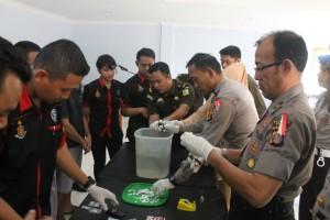 Pemusnahan Barang Bukti (BB) Narkoba oleh Polres Paser. (Rapal JKN - Hello Borneo)