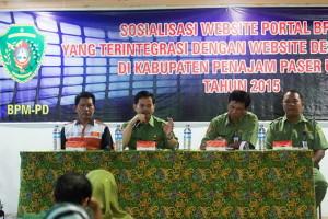 Soialisasi website portal BPM-PD terintegrasi dengan pemerintah desa dan kelurahan (Suherman - Hello Borneo)