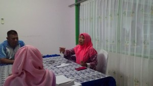 Kepala Dinas Kebersihan dan Pertanaman (DKP) Kabupaten Paser Herwati. (Rapal JKN - Hello Borneo)