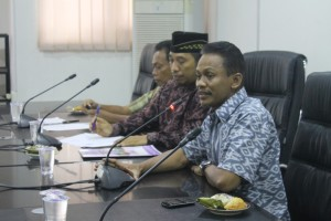 DPRD Paser hearing dadakan kinerja KPU dan Panwaslu Paser. (Rapal JKN - Hello Borneo)