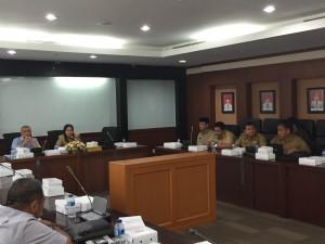 """Rapat koordinasi pematangan agenda """"groundbreaking"""" di ruang Tepian 1 lantai 2 Kantor Gubernur Kalimantan Timur (dok Humas Penajam Paser Utara)"""