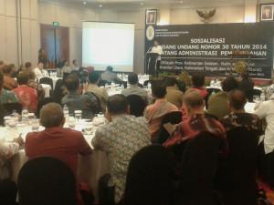 Sosialisasi Undang-Undang Nomor 30 Tahun 2014 tentang Administrasi Tata Pemerintahan untuk regional Kalimantan, di Kota Surabaya, Jawa Timur (Subur Priono - Humas Setkab Penajam Paser Utara)