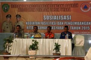 Sosialisasi kegiatan fasilitasi dan pengembangan ketangguhan masyarakat dalam menghadapi bencana yang digelar Pemerintah Kabupaten Penajam Paser Utara (Suherman - Hello Borneo)