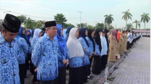 Peringatan Hari Guru Nasional, dan HUT PGRI Ke-70 di Kabupaten Paser meriah. (Rapal JKN - Hello Borneo)