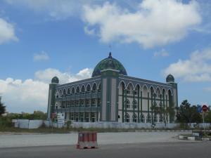 Mesjid Agung terus dikebut pengerjaannya. (AH Ari B - Hello Borneo)