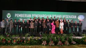 Sebanyak 60 kabupaten se-Indonesia menerima Swasti Saba Padapa dari Menteri Kesehatan RI, salah satunya Kabupaten Penajam Paser Utara (Alpian - Humas Setkab Penajam Paser Utara)