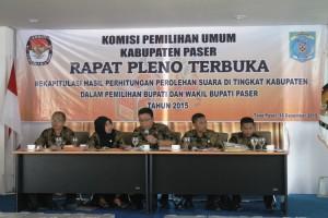 Rapat Pleno KPU Paser. (Rapal JKN - Hello Borneo)