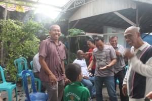Unggul. Pendukung Yus-Mar gundul massal. (Rapal JKN - Hello Borneo)