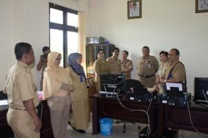 Kujungan kerja Pemerintah Provinsi Kaltim terkait aplikasi Paten di Kecamatan Penajam, Kabupaten Penajam Paser Utara (Suherman - Hello Borneo)