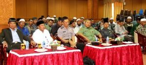Sejumlah pejabat hadir pada Dialog Akhir Tahun dengan Liqa'akhawat (Pertemuan Kekeluargaan) (Iskandar - Humas Setkab Penajam Paser Utara)