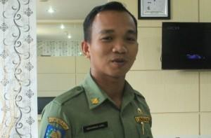 Kepala Bagian Protokol Sekretariat Kabupaten Penajam Paser Utara, Muhammad Amin (Suherman - Hello Borneo)