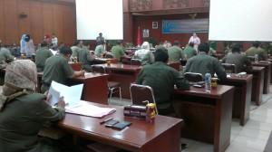 Pejabat eselon II dan III A di lingkungan Pemerintah Kabupaten Penajam Paser Utara mengikuti uji kompetensi jabatan (Bagus Puewa - Hello Borneo)-