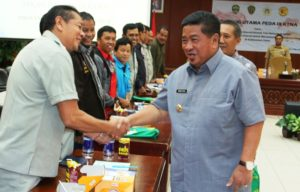 Bupati Penajam Paser Utara, Yusran Aspar menerima langsung seluruh peserta Pekan Daerah KTNA ke-9 tingkat Provinsi Kalimantan Timur (Subur Priono - Humas Setkab Penajam Paser Utara)