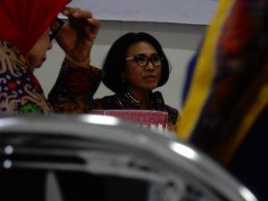 Anggota Komisi II DPR RI Fraksi Golkar, Hetifah Sjaifudian (Tengah). (Ist)
