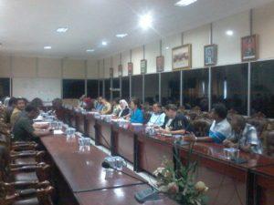 Suasana rapat Komisi III DRPD Balikpapan denganb warga dan perwakilan proyek Podomoro Land. (Ramadhanesia - Hello Borneo)