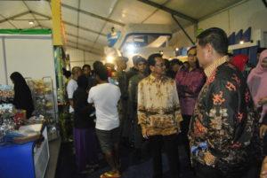 KTNA UKM Expo atau pameran produk UKM rangkaian Pekan Daerah KTNA ke-9 tingkat Provinsi Kaltim yang digelar di Kabupaten Penajam Paser Utara (AH Ari B - Hello Borneo)