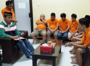 7 tersangka narkoba tangkapan Satreskoba Polresta Samarinda. (MR Saputra - Hello Borneo)