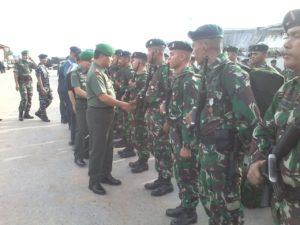 Upacara penerimaan pasukan dipimpin Pangdam VI Mulawarman. (Ist)