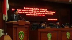 Ketua Pansus LKPJ  DPRD Kabupaten Penajam Paser Utara, membacakan relomendasi LKPJ Kepala Daerah tahun anggaran 2015 (AH Ari B - Hello Borneo)
