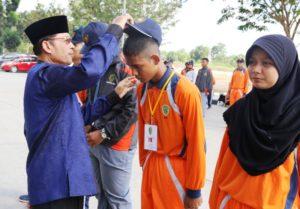 Pelepasan anggota Paskibraka untuk menjalani karantina oleh Wakil Bupati Penajam Paser Utara Mustaqim MZ (Subur Priono - Humas Setkab Penajam Paser Utara)