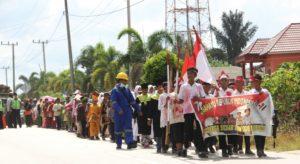Karnaval memperingati HUT RI ke-71 digelar di Kecamatan Babulu, Kabupaten Penajam Paser Utara (Iskandar - Humas Setkab Penajam Paser Utara)