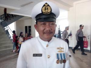 Komandan Pos TNI AL Penajam, Kabupaten Penajam Paser Utara, Peltu Sanni Andries (Bagus Purwa - Hello Borneo)