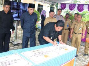 Bupati Penajam Paser Utara, Yusran Aspar limpahkan sebagian kewenangan ke pemerintahan kecamatan (Subur Priono - Humas Setkab Penajam Paser U