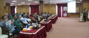 Para pegawai di lingkungan pemerintah kabupaten penajam paser utara ikuti presentasi program dana pensiun dari asuransi generali indonesia (iskandar - humas setkab penajam-pase utara)