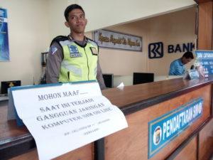 Kepolisian Resor Penajam Paser Utara, untuk sementara waktu terpaksa menghentikan pelayanan pembuatan SIM (Bagus Purwa - Hello Borneo)