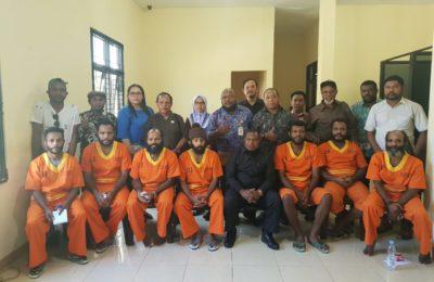 Saat sebelum sidang Kasus 7 Tapol asal Papua. (Ist)
