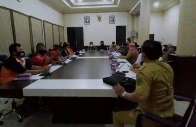 Rapat Dengar Pendapat bersama Dinas Tenaga Kerja, Aliansi Buruh, Dewan Pengupahan, dan Asosiasi Pengusaha Indonesia.