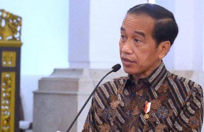 Presiden Jokowi mendorong OJK menjaga dan mengawal perkembangan digitalisasi keuangan. (Twitter/@jokowi)