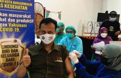 Vaksinisasi di Kota Banjarbaru. (JS)